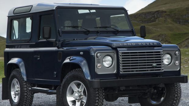 2013-land-rover-defender-00