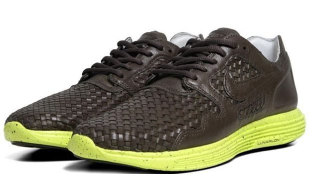 nike-lunar-flow-woven-leather-sable-green-01