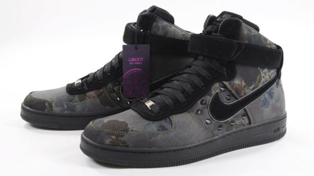 liberty-nike-air-force-1-downtown-floral-art-fabric-06