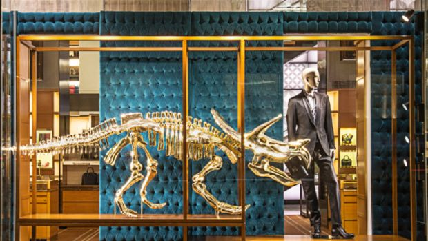 louis-vuitton-fifth-avenue-flagship-store-nyc-dinosaurs-display-01