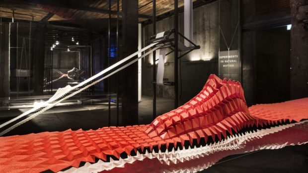 nike-nature-of-motion-exhibition-00.jpg