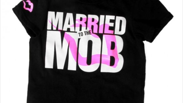 73a49d127 Supreme Dropped 10 Million Lawsuit Against Married To The Mob