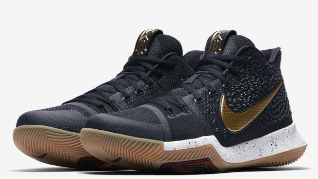 nike-kyrie-3-black-gold-00