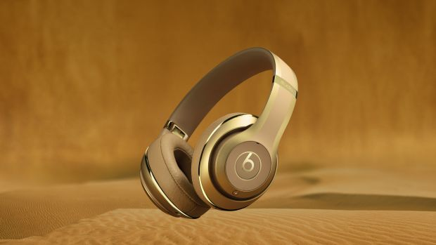 balmain-beats-by-dre-headphone-collection-00