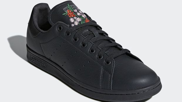 adidas-stan-smith-floral-embroidery-00