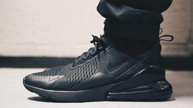 nike-air-max-270-triple-black-00