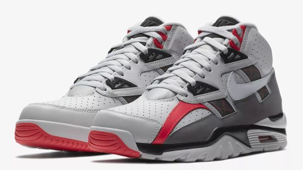 nike-air-trainer-sc-high-vast-grey-00