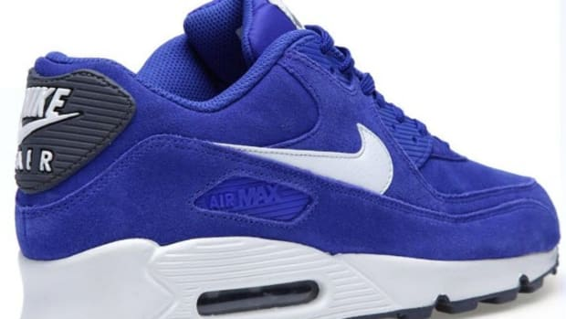 Nike Air Max 90 Essential WhiteHype BlueHyper Red