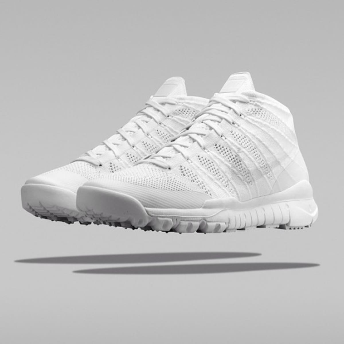 flyknit trainer all white