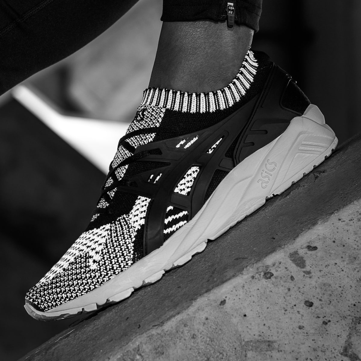 The ASICS GEL-Kayano Trainer Arrives in a Reflective Knit Build - Ietp
