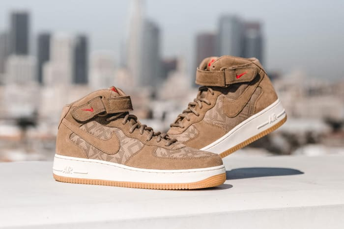 Nike Air Force 1 Mid '07 Premium