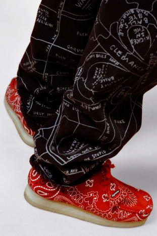 "Supreme x Clarks Originals Wallabees ""Bandana"""