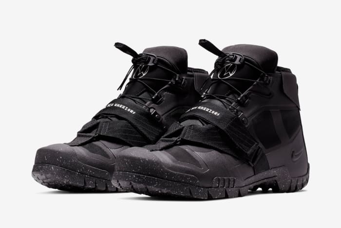 UNDERCOVER x Nike SFB Mountain