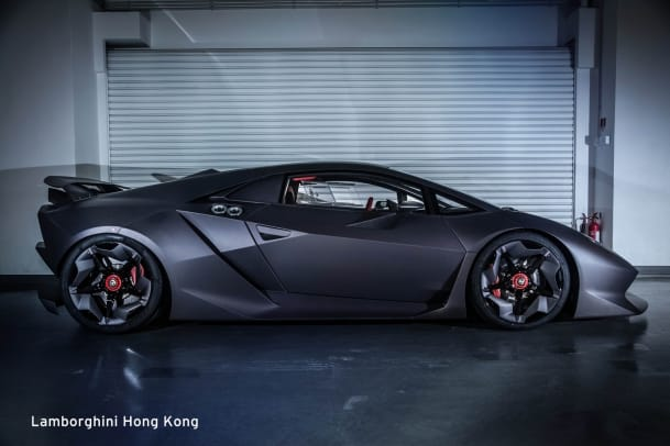 lamborghini-sesto-elemento-appears-in-hong-kong-1.jpg