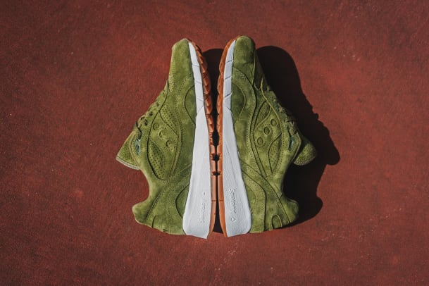 saucony-shadow-6000-olive-suede-01.jpg