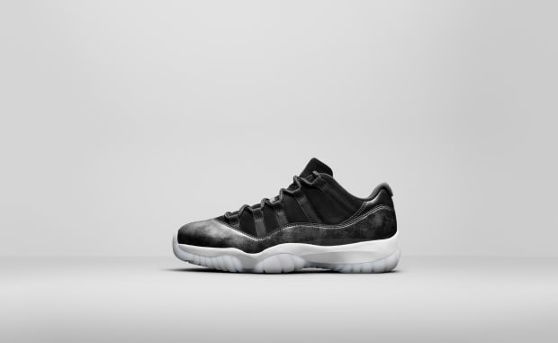 air-jordan-11-retro-low-black-suede-01