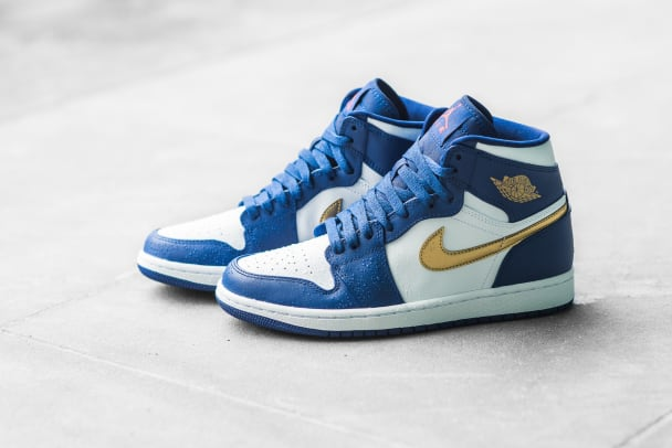 air-jordan-1-retro-high-olympic-02.jpg