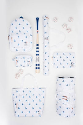 herschel-supply-mlb-collaboration-02.jpg