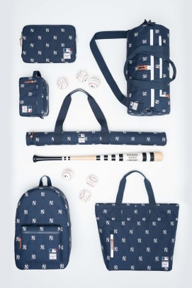 herschel-supply-mlb-collaboration-01.jpg