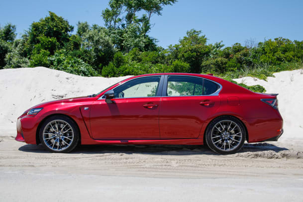 2016-lexus-gs-f-hamptons-guide-01.jpg