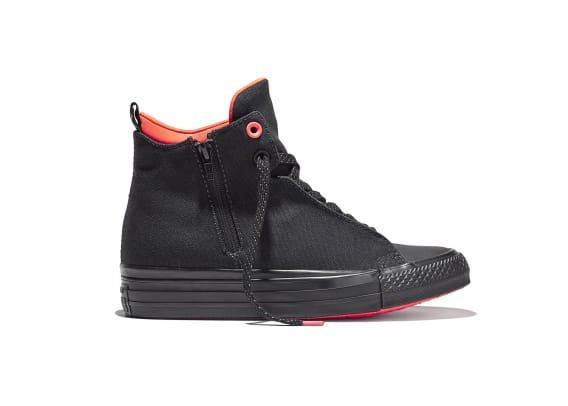 converse-chuck-taylor-all-star-ii-and-apparel-readies-for-the-storm-02.jpg