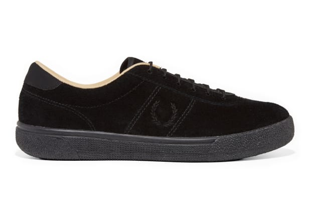 fred-perry-black-champagne-tennis-shoes-01.jpg