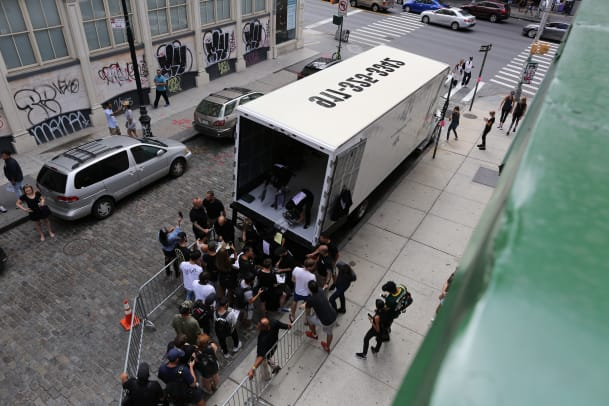 adidas-originals-by-alexander-wang-pop-up-truck-01.JPG
