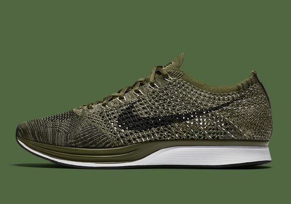 nike-flyknit-racer-rough-green-01.jpg