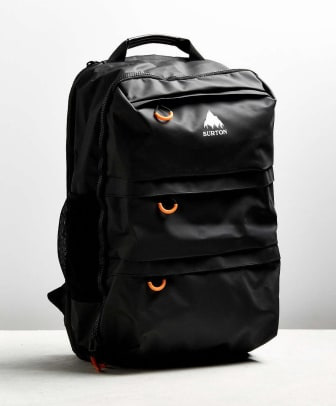 burton-traverse-travel-backpack-02.jpg