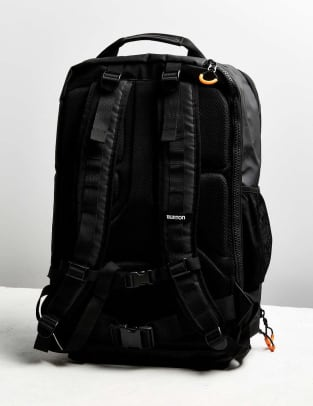 burton-traverse-travel-backpack-03.jpg