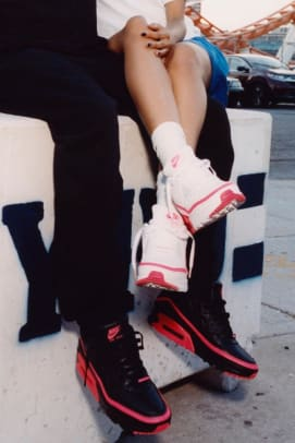 undefeated-nike-air-max-90-teaser-2019-2