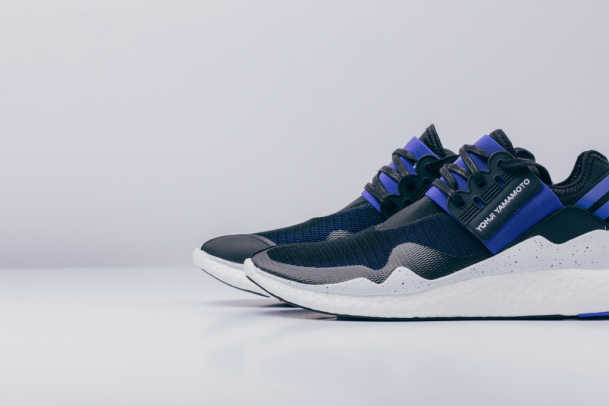 y-3-retro-boost-electric-blue-black-01.jpg