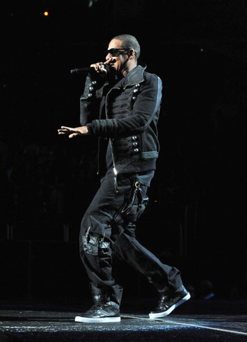 fresh-celeb-jay-z-radii-moon-walker-4