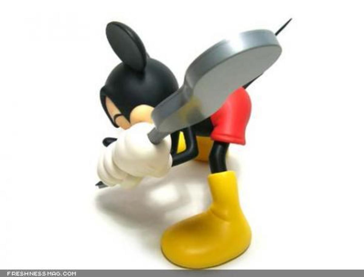 ROEN x MEDICOM TOY x Disney - CLASH Mickey Mouse - 3