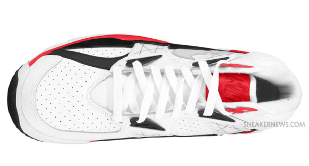 nike-air-trainer-sc-white-red-grey-1