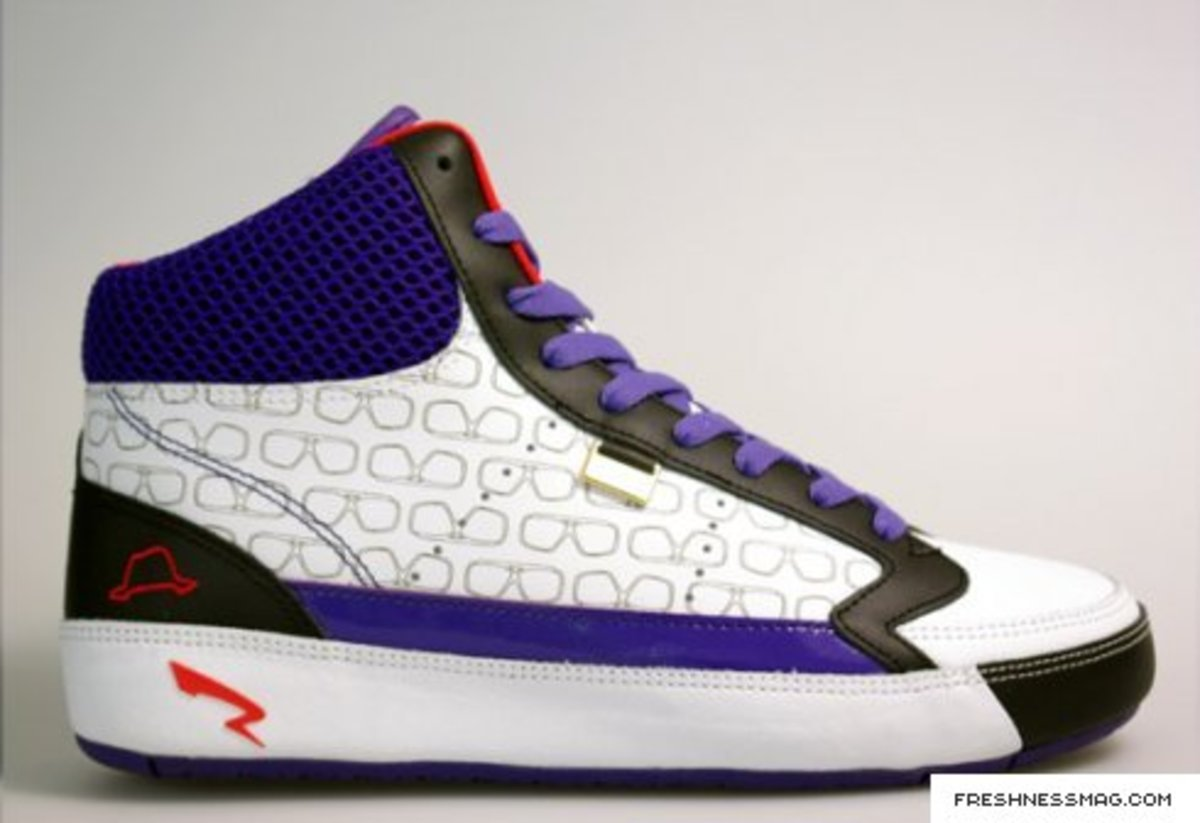 Run Athletics Legacy Hi Top - Limited Online Exclusive