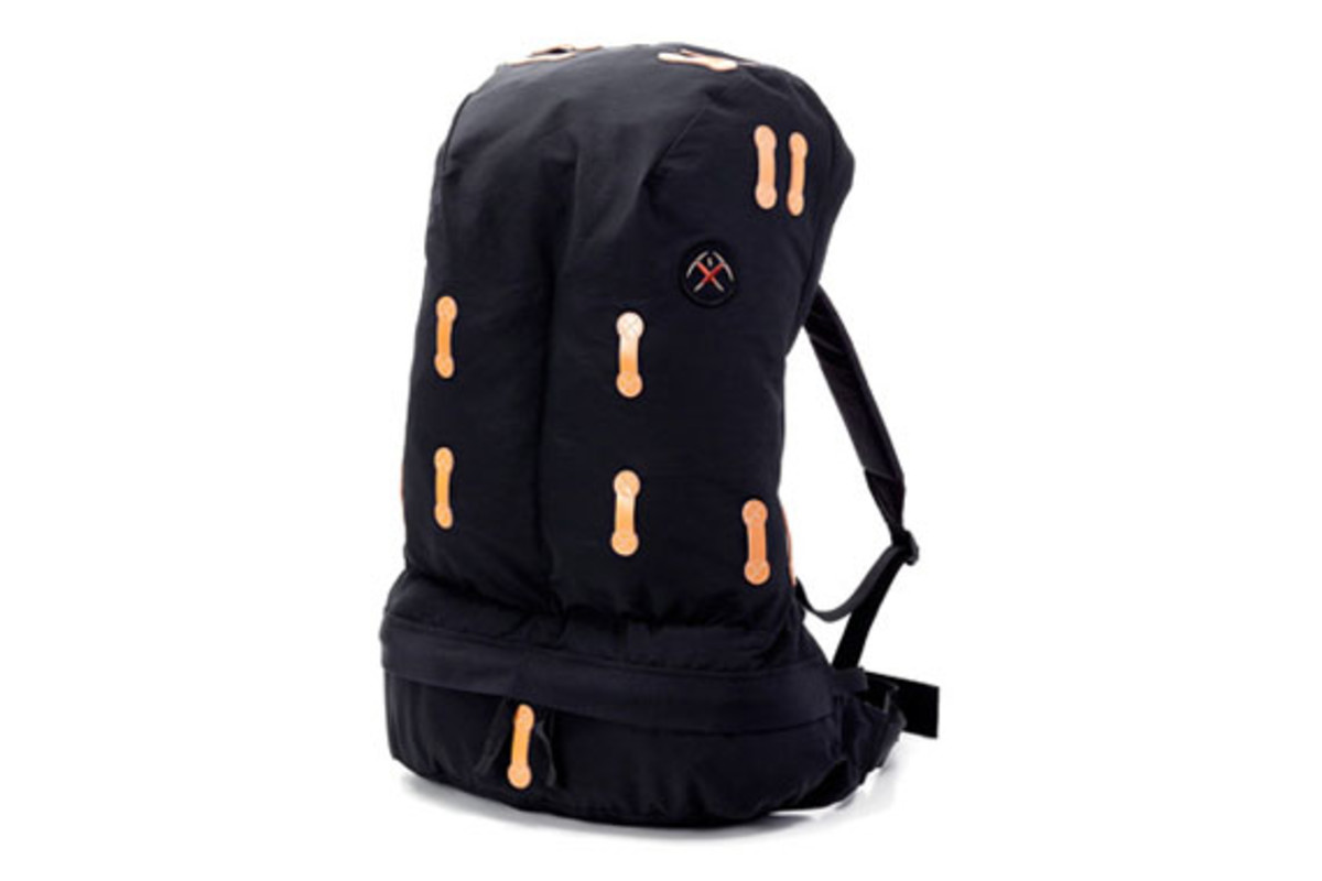 billionaire-boys-club-mountaineering-soft-pack-1