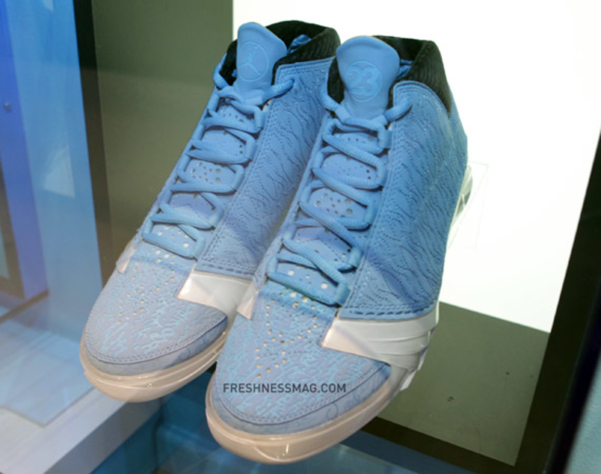 air-jordan-blue-lasered-collection-25