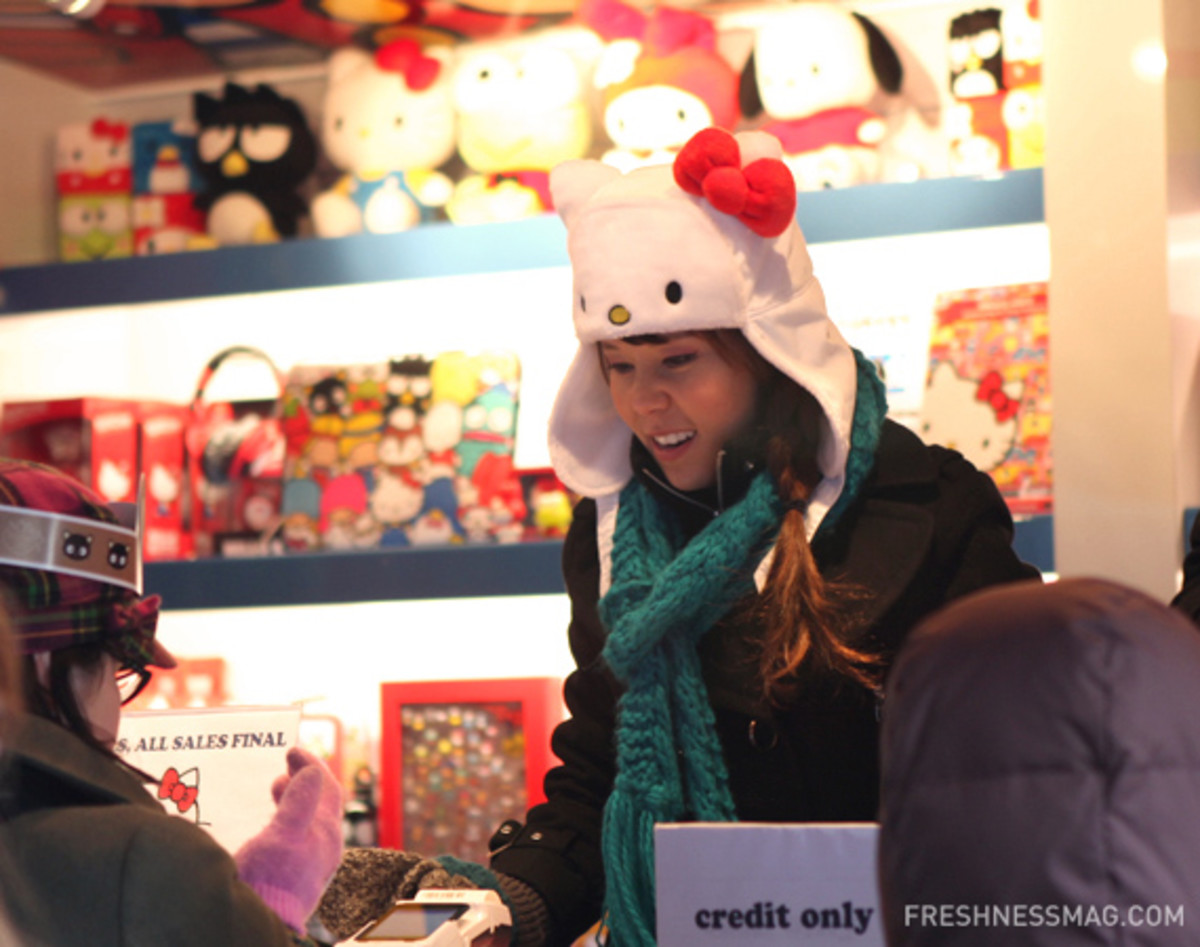 sanrio-50th-small-gift-pop-up-shop-07