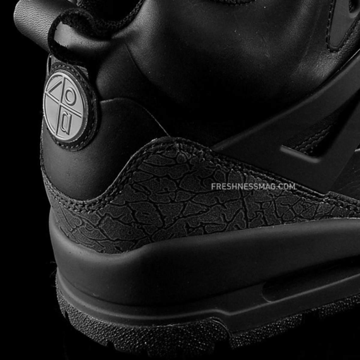 air-jordan-winterized-spizike-black-anthracite-11