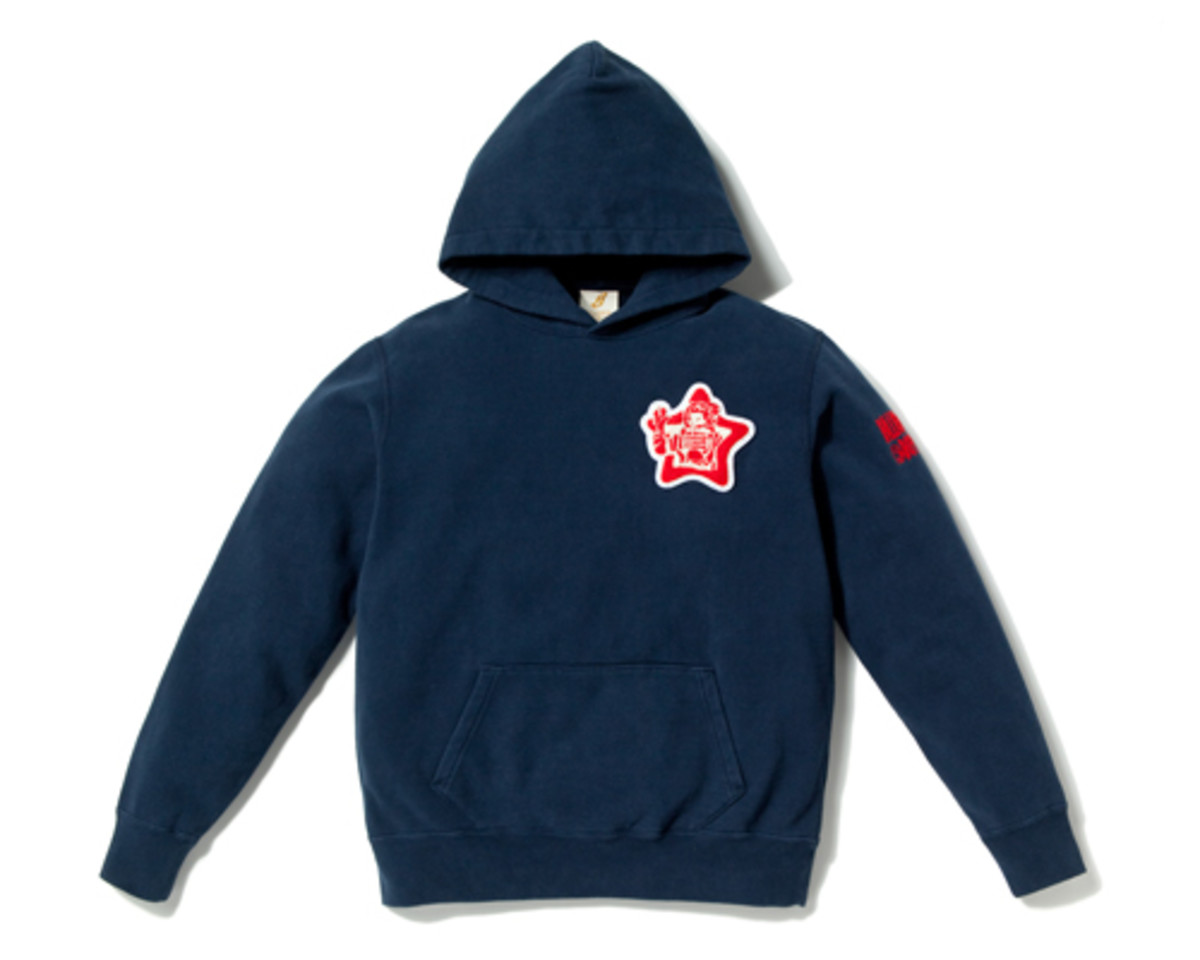 Star Patch Heavy Wash Hoodie