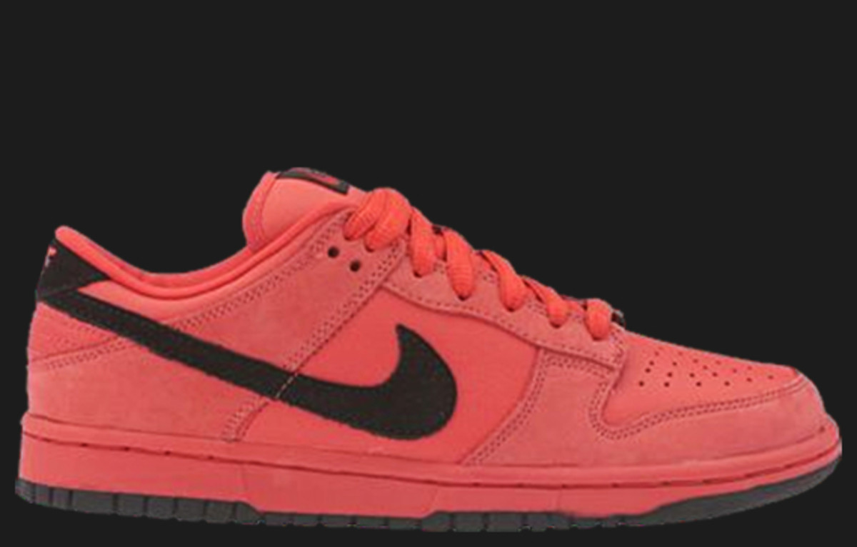 nike-dunk-low-red-sb-1