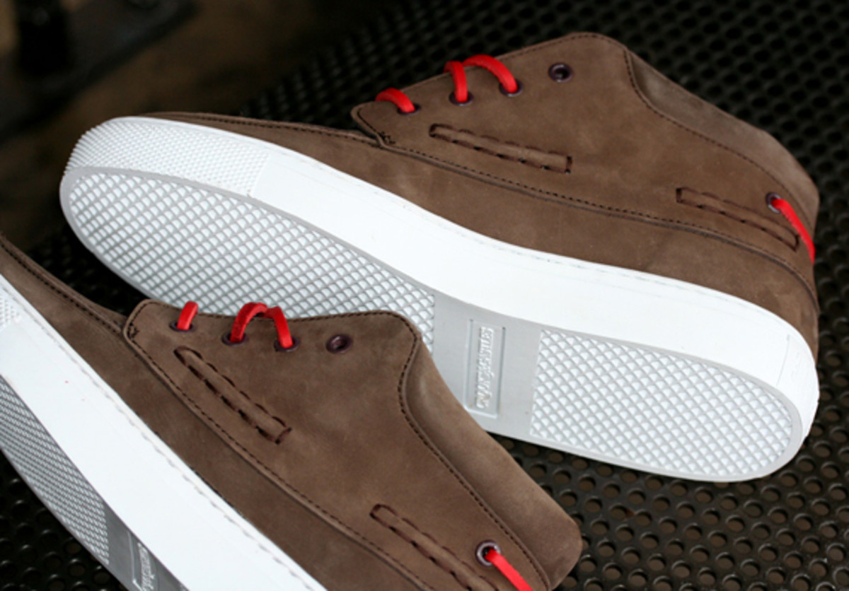 crooks-and-castles-holiday-2010-footwear-08
