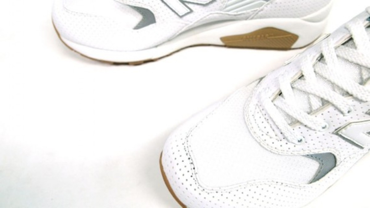 New Balance MTG580 Limited Edition Perforated Pack 8