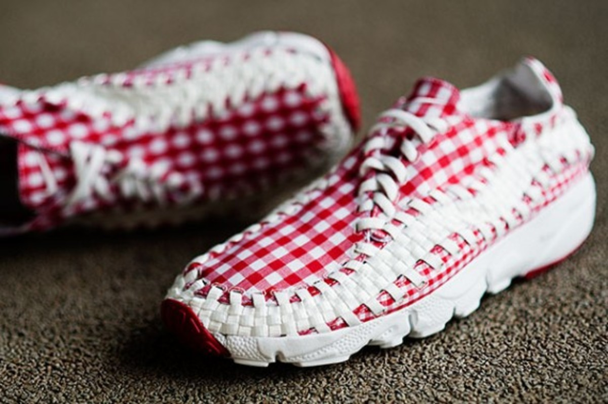 nike-air-woven-footscape-freemotion-gingham-02