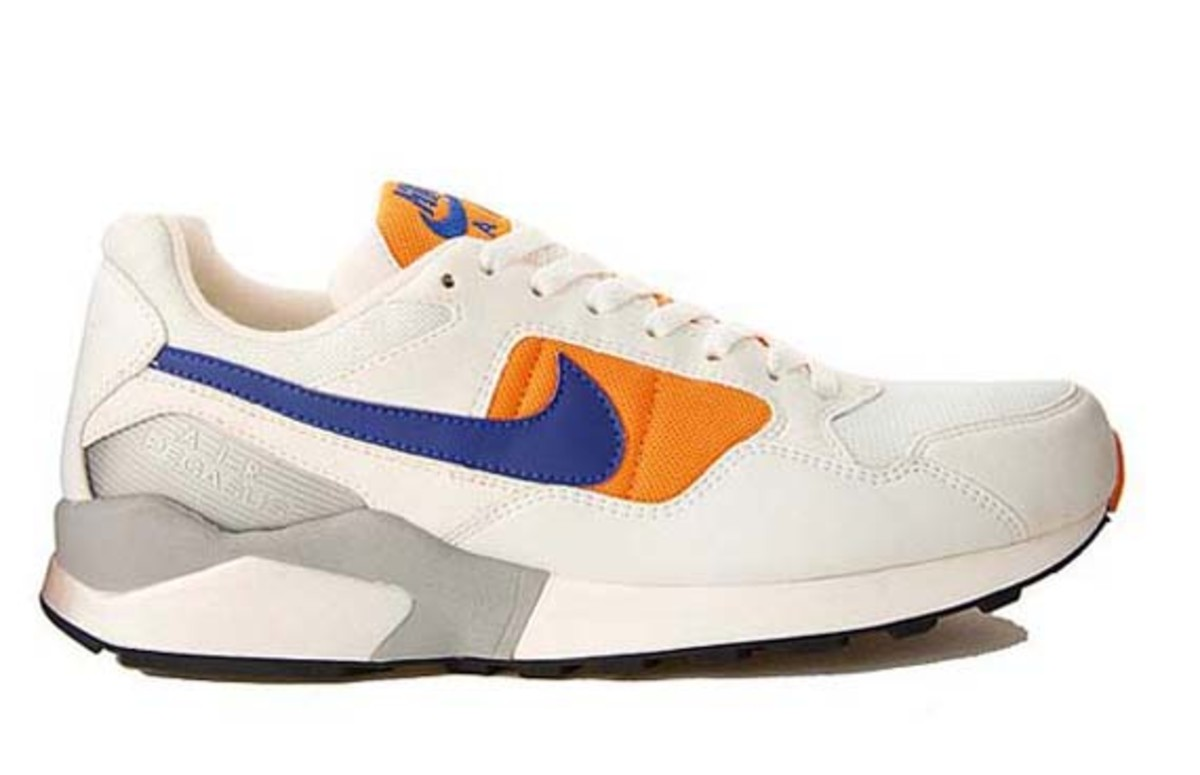 nike-air-pegasus-92-white-concord-orange-06