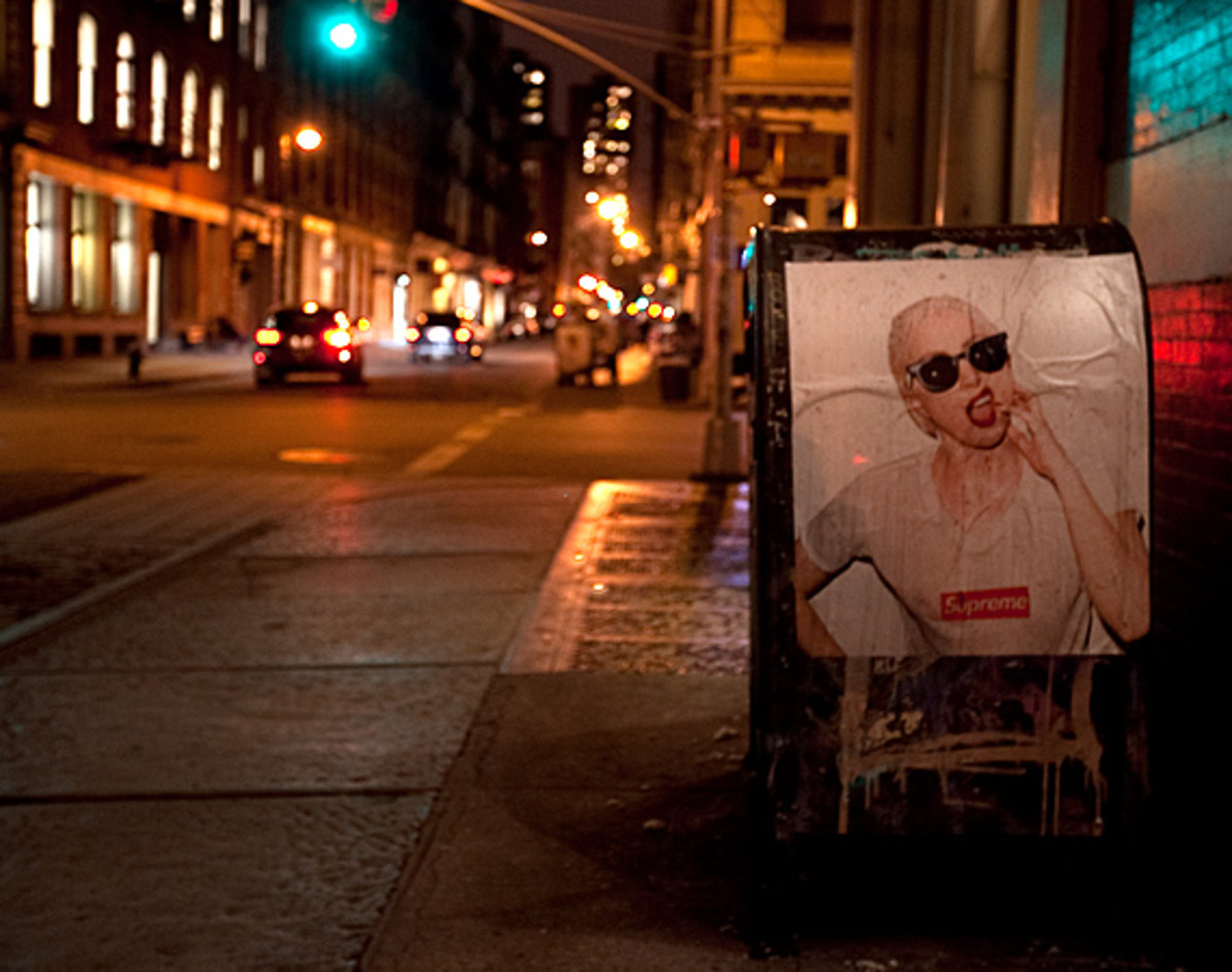 lady-gaga-by-terry-richardson-for-supreme-soho-01
