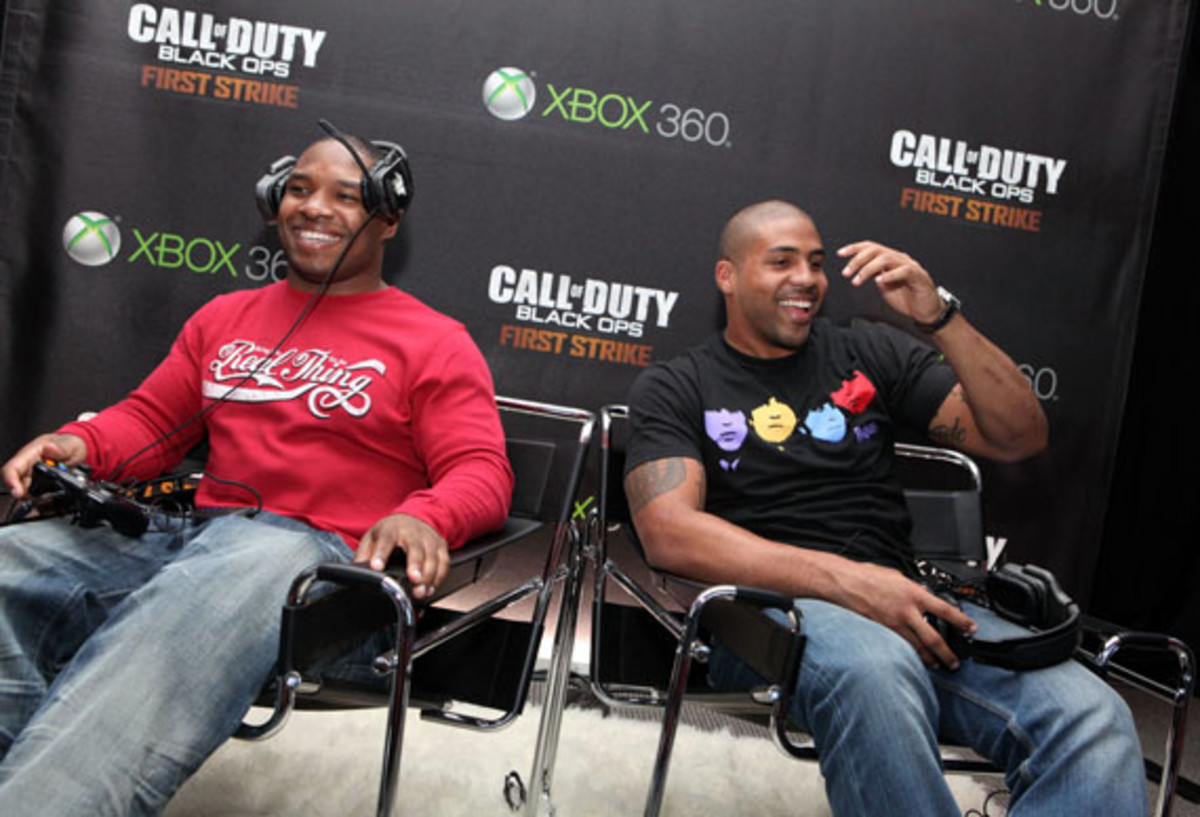 Call Of Duty Stock Photos and Pictures | Getty Images