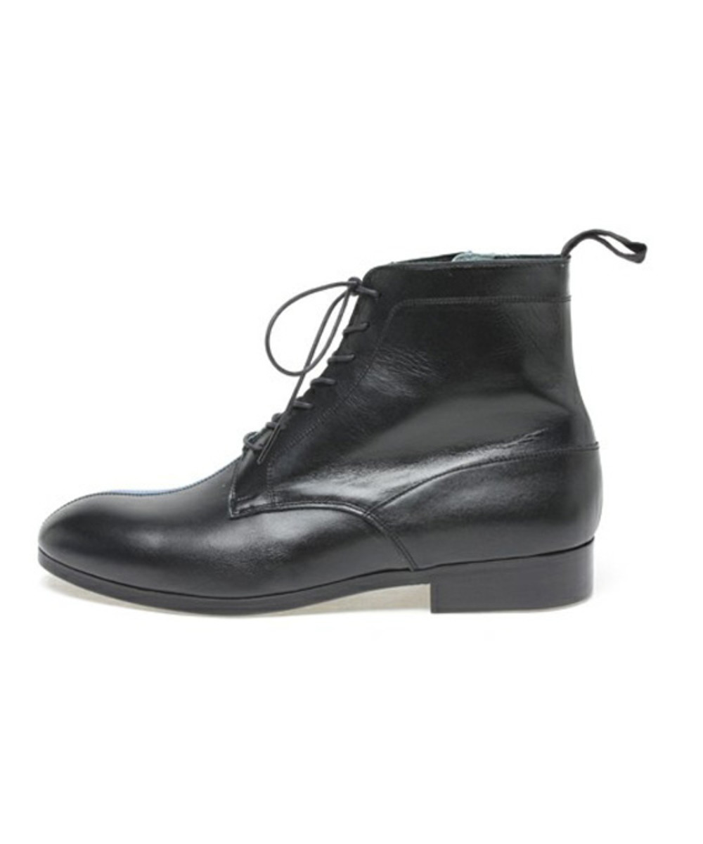 2 Tone Boots 4