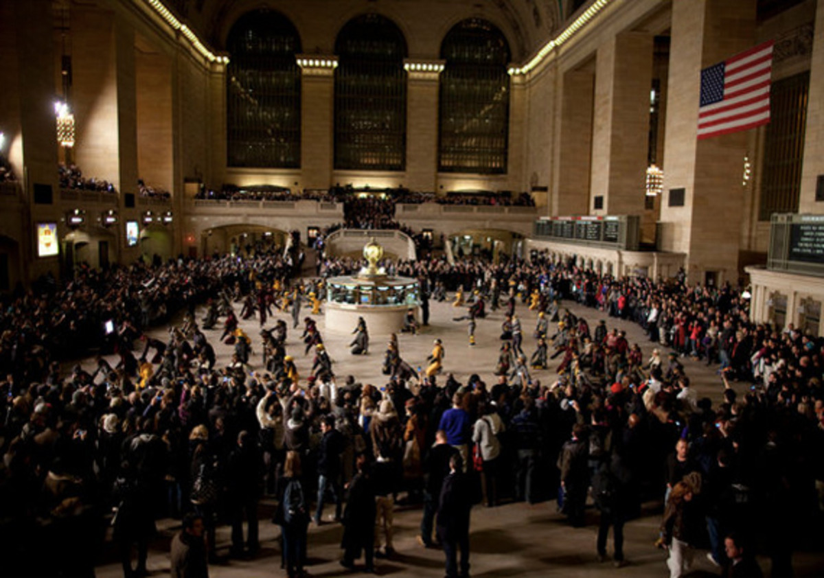 moncler-grenoble-grand-central-station-dance-03